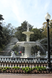 Fountain in Forsyth Park. Had the lines to the jon been much longer, I'd have used it as a toilet.